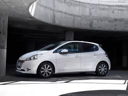 peugeot compact car peugeot 208 2013 pictures information u0026 specs