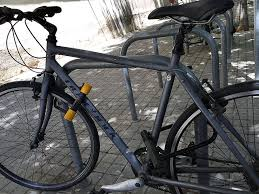 How To Add A Lock To A Desk Drawer How To Lock Your Bike Properly The Best Bike Lock