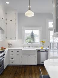 what wall color looks with grey cabinets pin by dunn on white kitchen cabinets gray tile floors