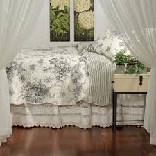Country Quilts And Bedspreads French Country Bedding French Country Home My Beautiful Home