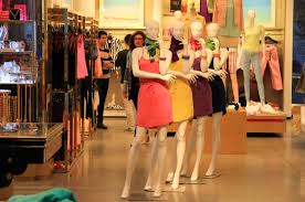 clothes shop a shopping addiction that gets out of
