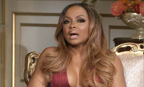 back of phaedra s hair kandi accuses phaedra of meddling with restaurant on rhoa