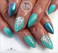 luminous nails