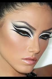 White Swan Halloween Costume 25 Black Swan Costume Ideas Black Swan Makeup