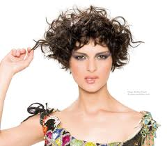 short curly haircuts for oval faces short hairstyles for wavy hair
