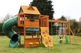 Small Backyard Swing Sets by Nla Cedar View Wooden Swing Set Amys Office
