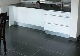 carrelage pour sol de cuisine changer le carrelage et la faience de sa cuisine en ile de