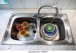 Kitchen Sink With Dishes Home Design Ideas - Dirty kitchen sink