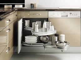 meuble cuisine mobalpa le placard d angle exploite la totalité du volume grâce au système