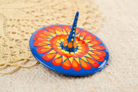 madeheart u003e small handmade wooden spinning top humming top for