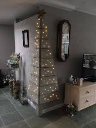 pallet christmas tree 26 creative pallet christmas trees with decor ideas shelterness