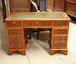 le de bureau ancienne nos meubles antiquités brocante vendus