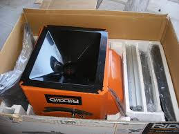 Table Saw Dust Collection by Ridgid R4512 10