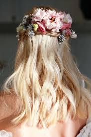 bridal hair flowers wedding hair flowers 5 dreamy looks from bridal fashion week