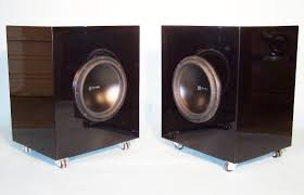 speakers resonant woods