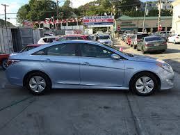 used cars hyundai sonata used 2013 hyundai sonata hybrid sedan 9 490 00
