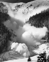 Icy Avalanche Snow Avalanches National Snow And Ice Data Center