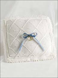 wedding gift knitting patterns free gift knitting patterns wedding pillow