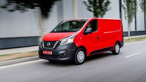 nissan australia commercial vehicles all new 2017 nissan nv300 crew u0026 panel van from 21 300 youtube