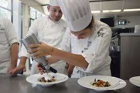 ecole de cuisine bocuse les apprentis toqués de l institut paul bocuse l humanité