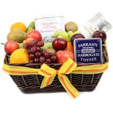 gourmet fruit baskets gourmet fruit basket send fruit basket uk