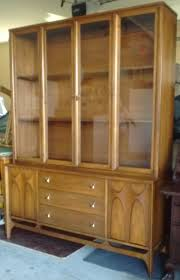 Hutch China Mid Century Stanley Hutch China Cabinet Tapered Style Sliding