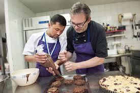 apprenti cuisine des apprentis cuisiniers en or à la pointe 47 magazine