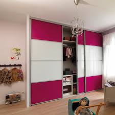 rideaux pour placard de chambre rideau pour placard best rideau coulissant meuble cuisine avec
