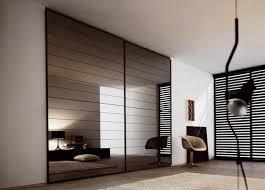 placard moderne chambre les 25 meilleures id es de la cat gorie portes placard modernes