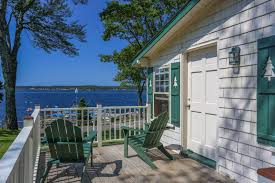 Cottages That Allow Dogs by Pet Friendly Maine Resort Spruce Point Inn Resort U0026 Spa