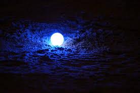 light up golf balls motion activated led golf balls night golf anyone getdatgadget