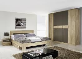 chambre a coucher en chene chambre a coucher en bois hetre moderne idées de décoration