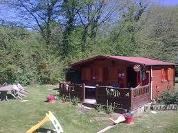 chambre d hote vernon chambres d hôtes le petit chalet du vernon cabane et roulotte la