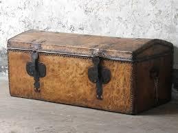 antique travel trunks vintage shabby chic furniture