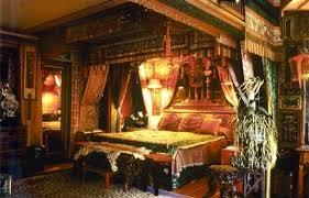 Antique Bedroom Design  Tips - Antique bedroom design