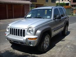 jeep liberty 2003 4x4 vendo jeep liberty 2003 plateada 4x4