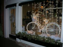 Best Christmas Store Window Decorations by 13 Best Bike Shop Images On Pinterest Windows Retail Displays