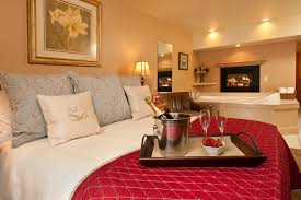 room romantic hotel rooms with jacuzzi home design great
