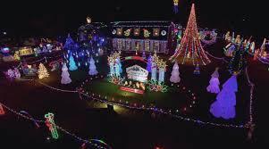 when does the great christmas light fight start winning finney family winter wonderland the great christmas light