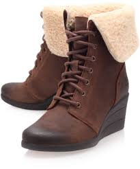 ugg zea sale ugg brown leather zea shearling lace up ankle boots in brown lyst
