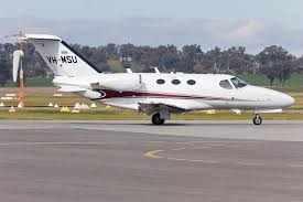 file cessna citation 510 mustang vh msu taxiing at wagga wagga