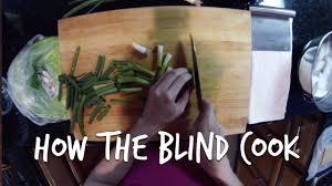 Houston In The Blind Masterchef Winner Christine Ha Shows How The Blind Cook Youtube