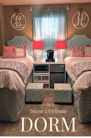 College Door Decorations Best Dorm Rooms Best 25 College Dorm Rooms Ideas On Pinterest