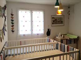 chambre de bébé jumeaux chambre jumeaux evolutive solutions pour la décoration intérieure