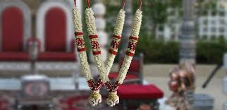 flower garlands for indian weddings indian flower garlands for weddings lovely indian traditional