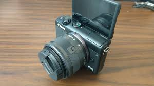 canon eos m100 mirrorless camera vlogging at it u0027s best youtube