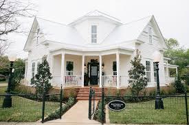 Historic Home Decor Fixer Upper Season 3 Episode 4 Magnolia House