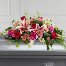 casket sprays the ftd splendid grace casket spray judy s flowers