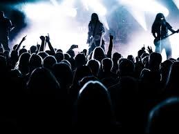 Sho Metal Yang Asli gambar batu musik cahaya orang banyak penyanyi pita hadirin