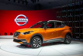 nissan kicks 2017 red crossover shoo in 2018 nissan kicks compact suv comes to us